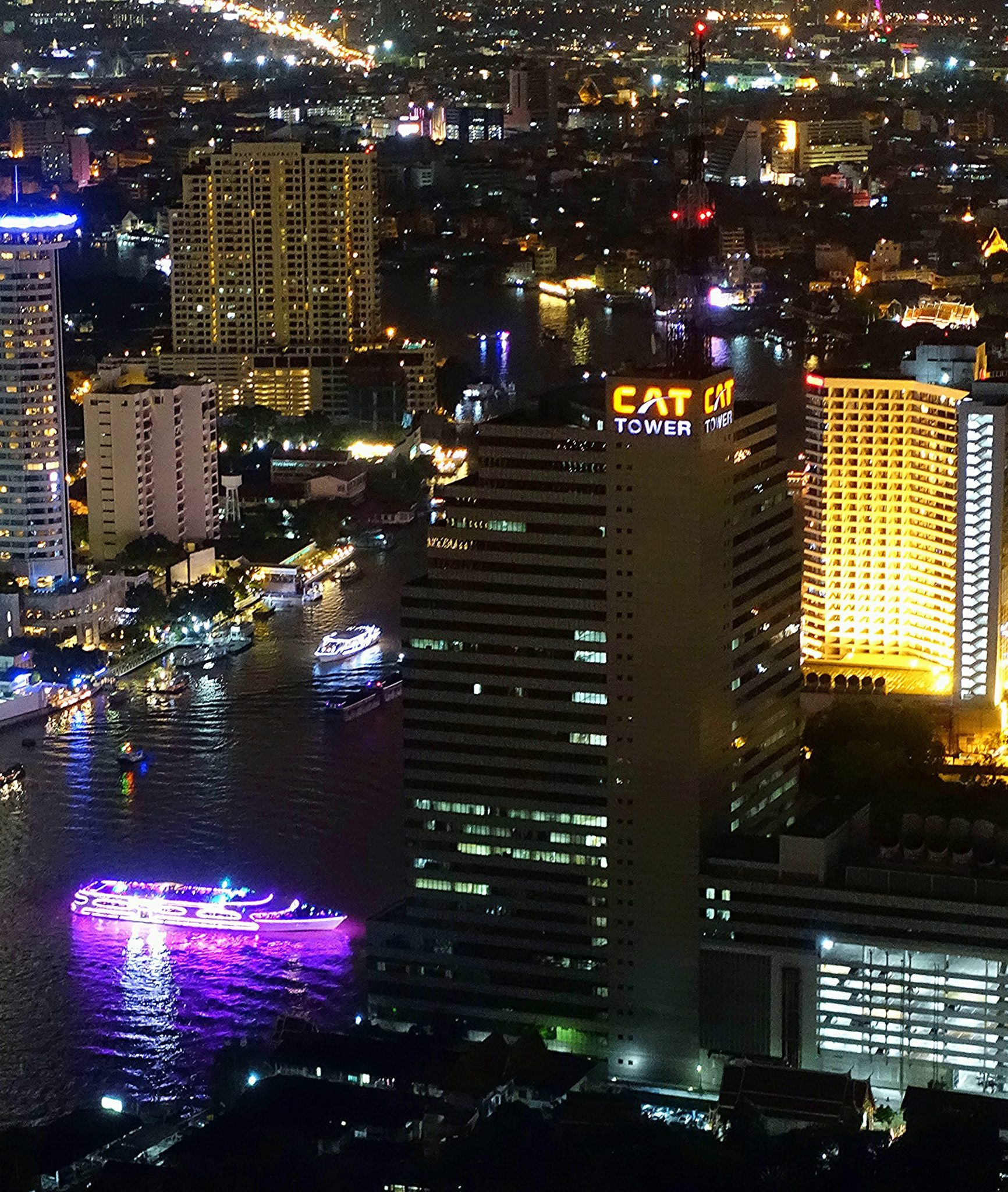 Lebua Sky Bar – Bangkok's best city view at night
